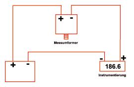 Verdrahtung eines Drucktransmitters mit V-Ausgang